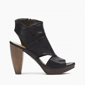 Coclico Fabiana Black Heel Sandal